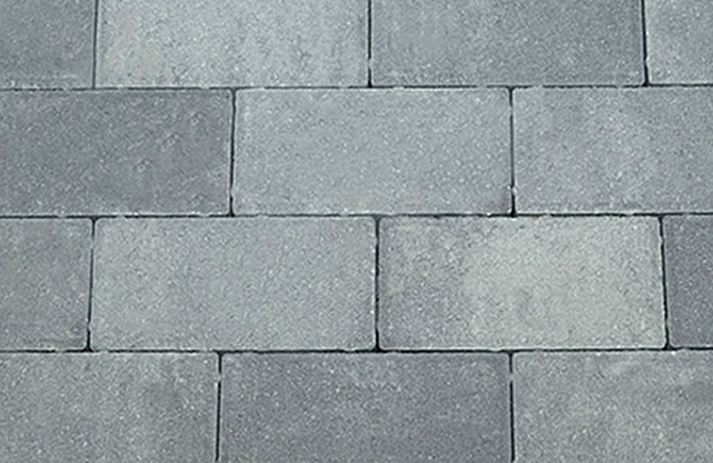 01-landscaping-stone-pavers-in-antique-grey.jpg